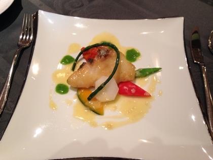 アッシュ スプランディードの魚料理(縞青鯛)